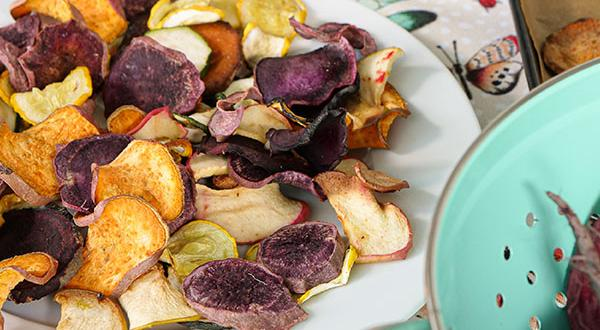 Farm-Fresh Autumn Crisps For Pets